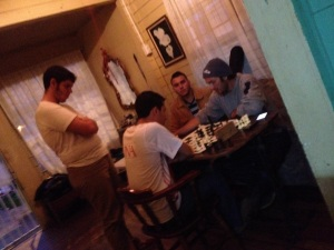 One of the best evenings I've had in Heredia--passing the time with music and chess!