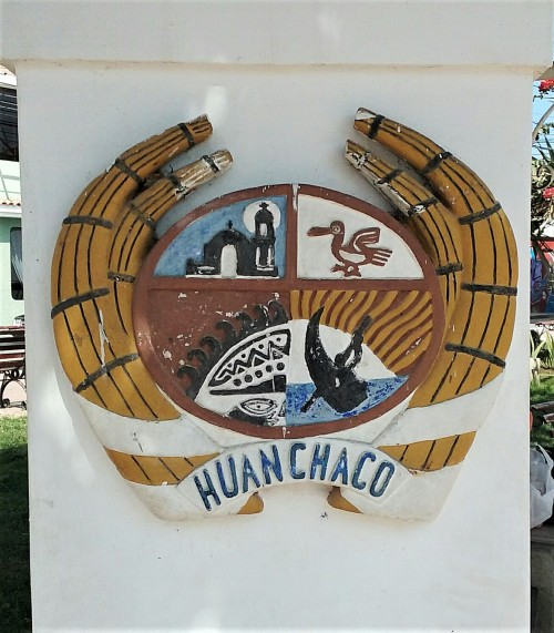 Huanchaco coat of arms